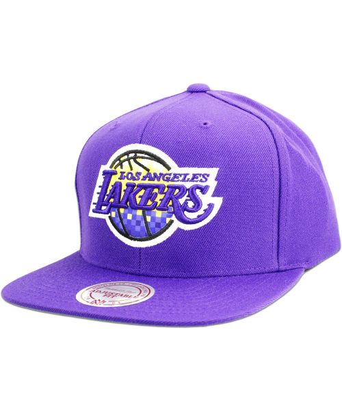 76d93ce1c17 Mitchell   Ness Los Angeles Lakers NBA Easy Three Digital X Adjustable Snapback  Hat Purple